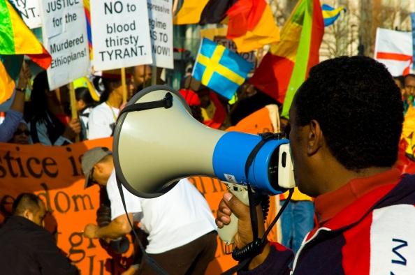 Uma das manifestações mais organizadas e bonitas que já vi. Deixo aqui meu respeito.