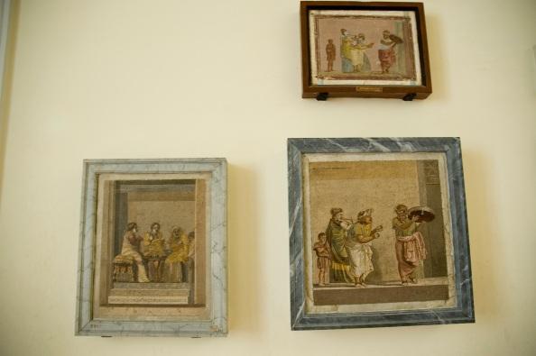 Os famosos mosaicos de Dióscorides de Samos, artista romano que trabalhou para as famílias ricas de Pompéia.